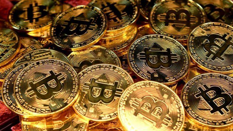 Haussier sur Bitcoin, des analystes prédisent un prix de 400000 $ d'ici 2022